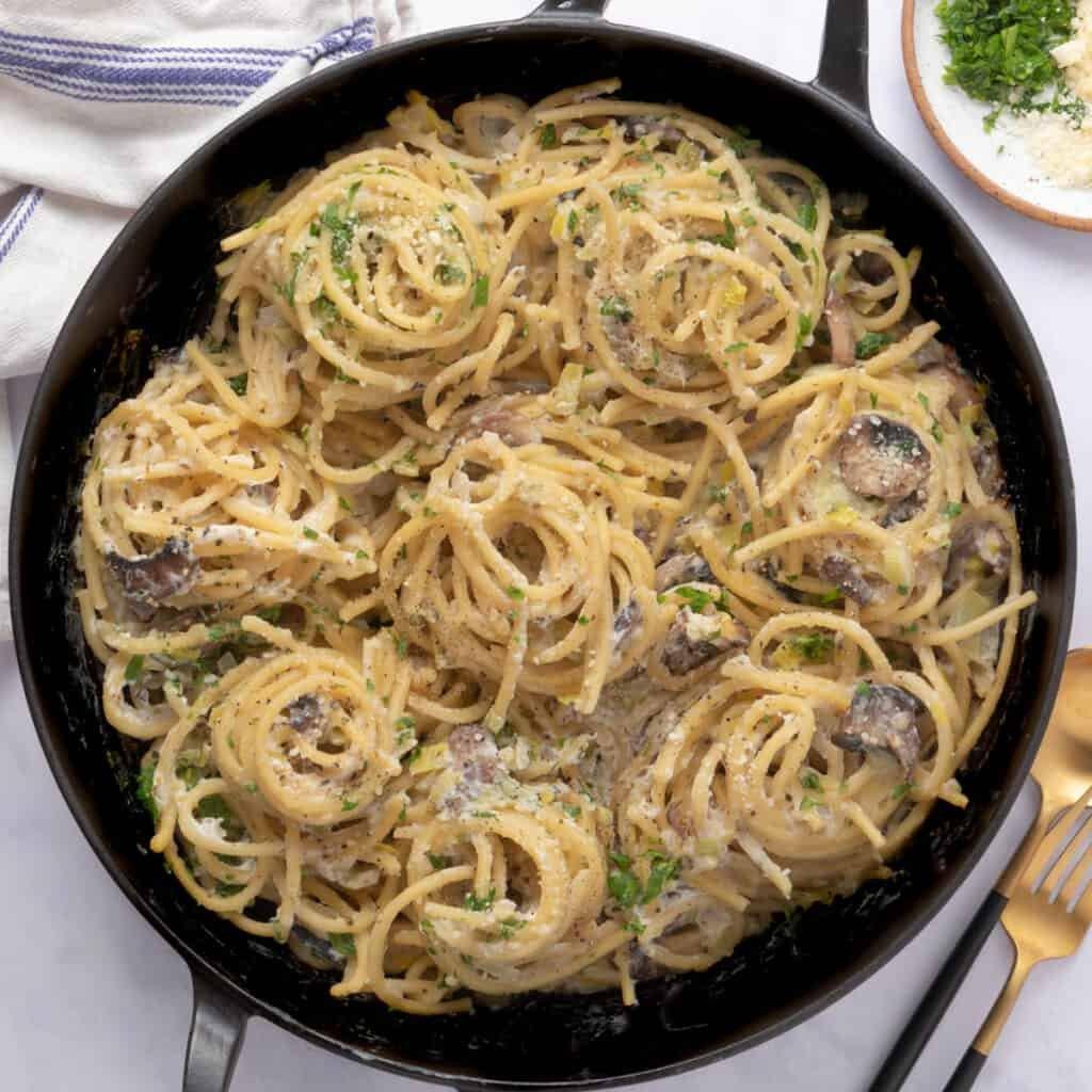 Close up of leek pasta in pot
